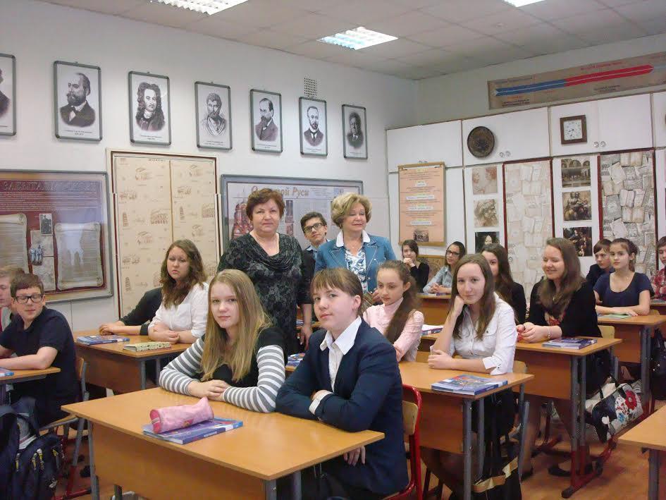 Представитель факультета Менеджмента провел встречу с учениками СОШ 128 г. Москвы
